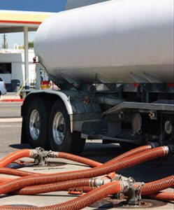 hydraulic hoses by tanker truck